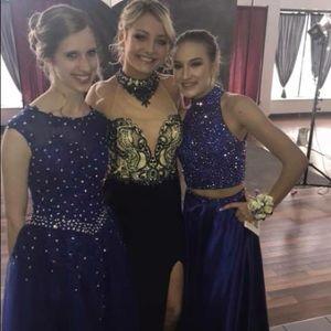 Dresses & Skirts - size 4-6 navy blue prom dress (middle)